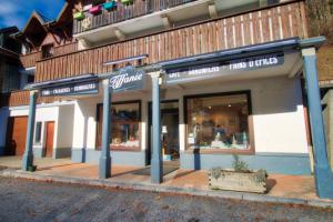 Tiffanie bakery in Sixt-Fer-à-Cheval