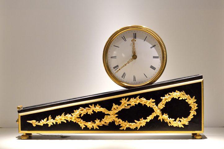 Sloped clock