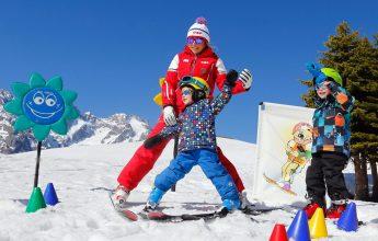 Alpine skiing mini-group lessons