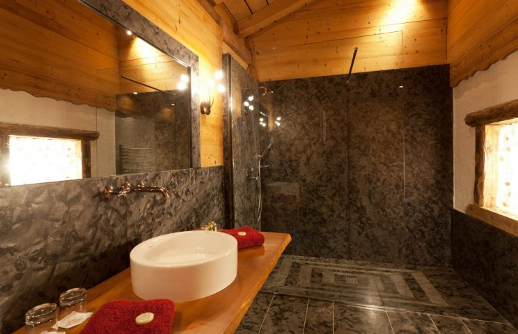 Bathroom red bedroom