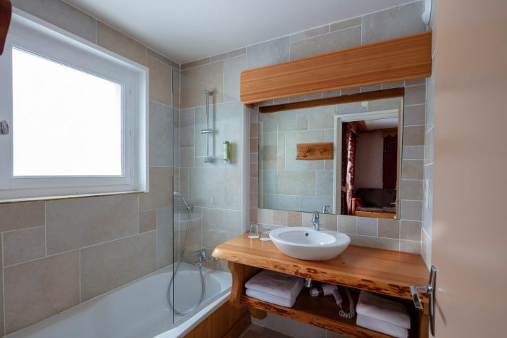 Bathroom double room annexe building